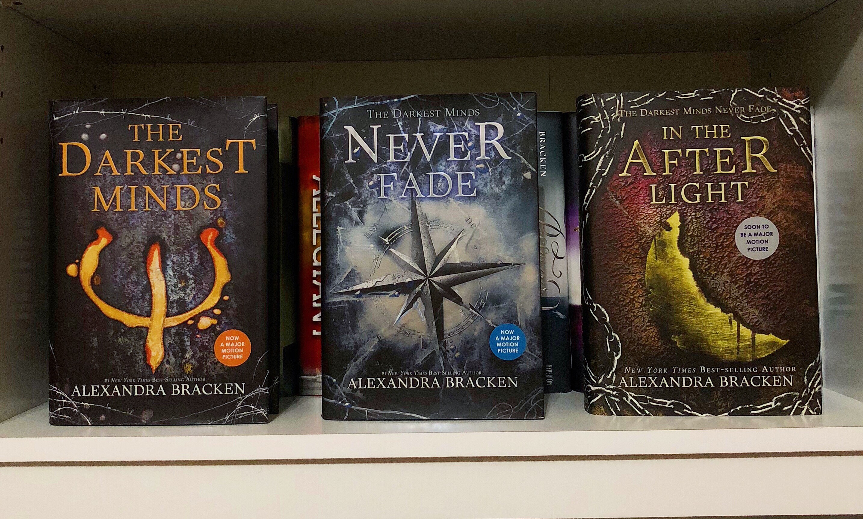Book Feature: The Darkests Mind Trilogy by Alexandra Bracken